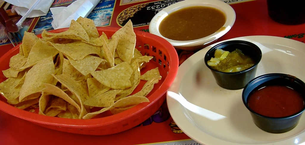 Salsa and chips, Dick's Cafe review.
