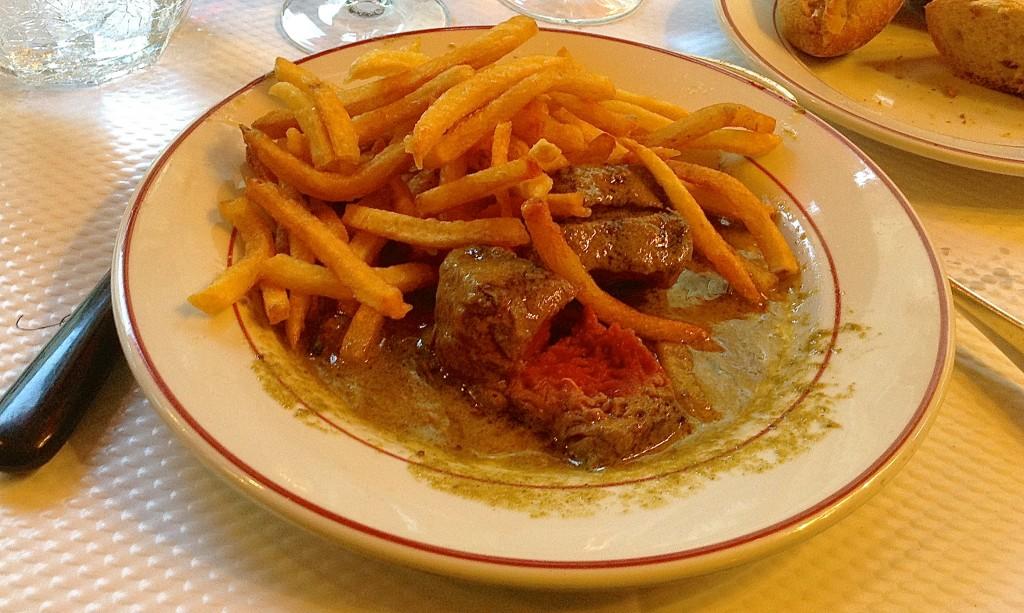 Round 2 of my fabulous steak frites, le Relais de l'Entrecôte in Paris.