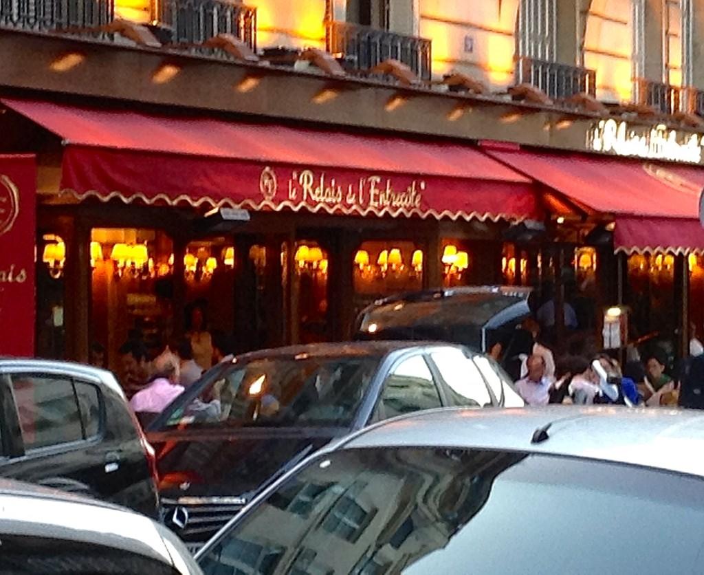 Dine on fabulous steak frites at le Relais de l'Entrecôte in Paris, neighborhood of St-Germain-des-Prés.