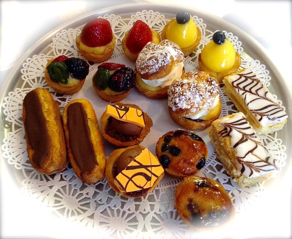 Petit Fours ~ French Pastry Miniatures ~ Le Rendez-vous Cafe & French Pastry in Las Cruces.
