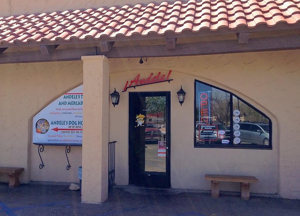 ¡Ándele! Restaurante exterior, ¡Ándele! Restaurante review.