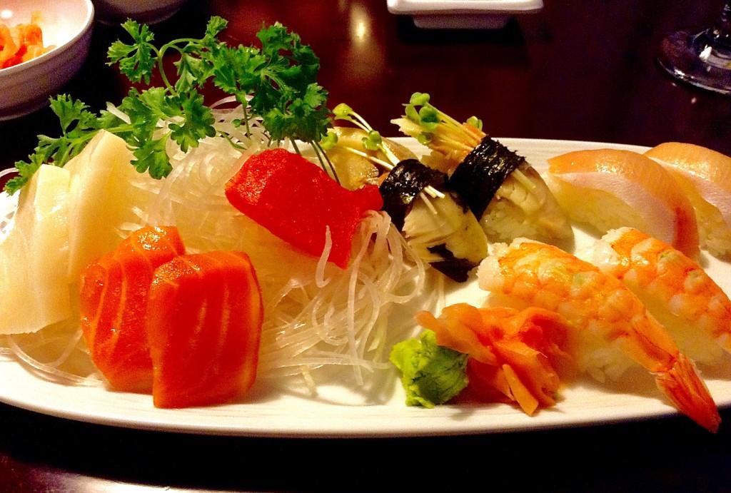 Sushi Sashimi Combo, Sunny's Sushi review.