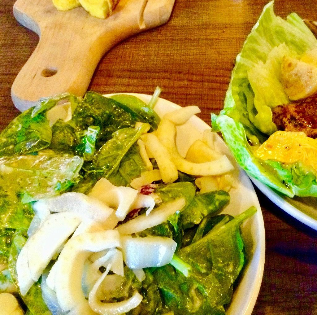 The House Salad is part of the Salud de Mesilla Paleo Lunch.